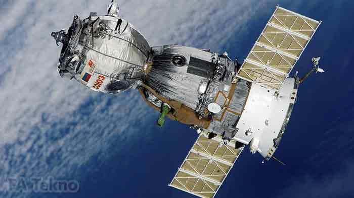 Ilustrasi satelit GPS